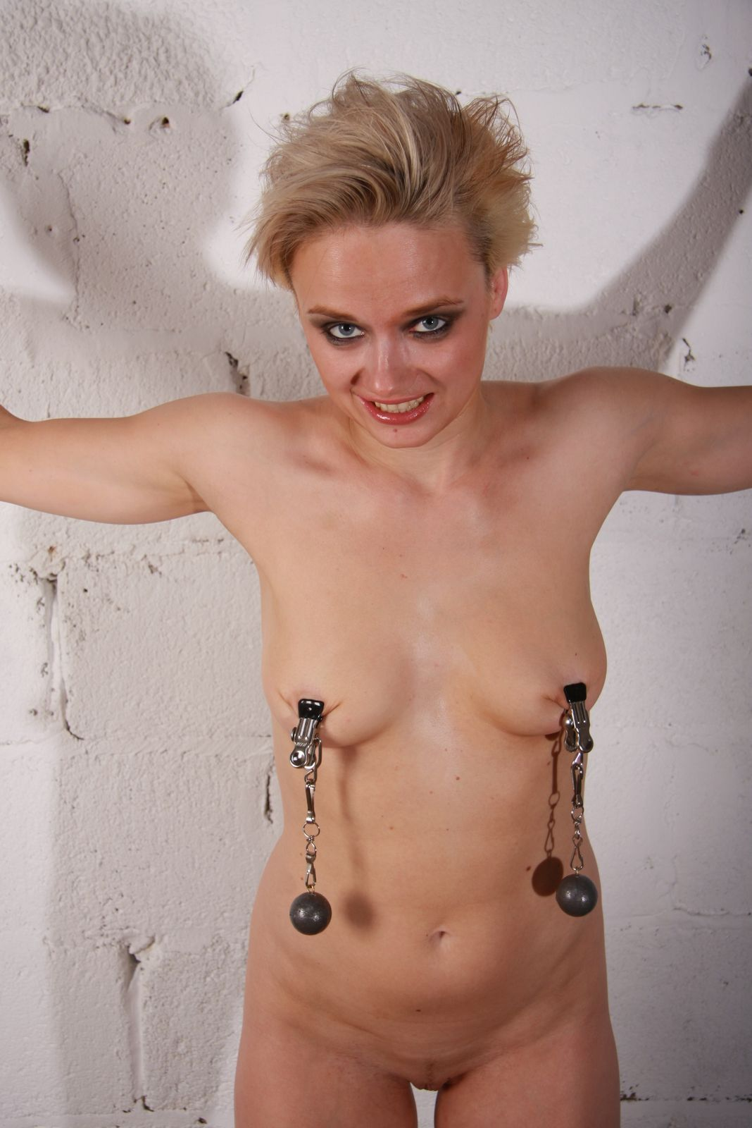 Hot Naked Pics the pain files bdsm